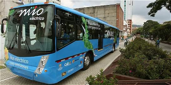 Alcaldía de Cali anuncia compra de 100 buses para el MÍO