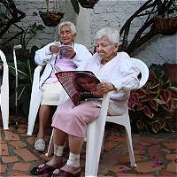 Encuesta revela crisis de mayores de 60 años