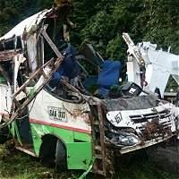Tres muertos deja accidente de una buseta en Cauca