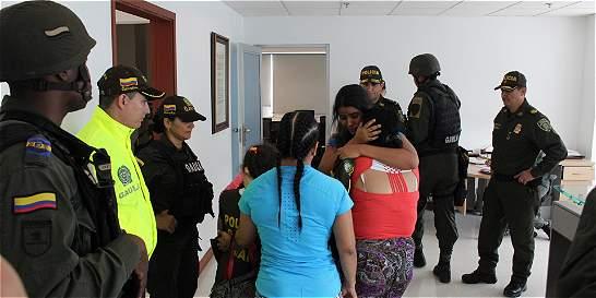 Tres menores, familiares de 'Chocolate', fueron rescatadas por Policía