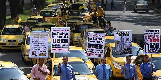 Taxistas de Medellín, Cali y Barranquilla protestan contra Uber
