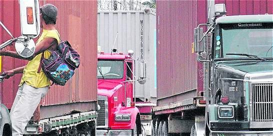 Paro camionero represa 280 mil toneladas de carga en Buenaventura