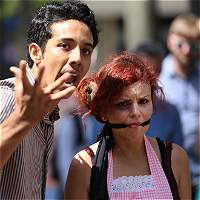 Planes en 12 municipios del Valle para frenar violencia a mujeres