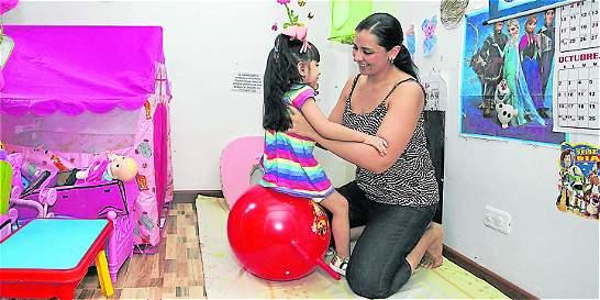 Manuela y su lucha por vivir y dar sus primeros pasos