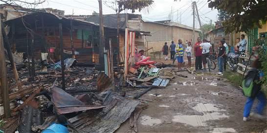 Varias viviendas afectadas por incendio en oriente de Cali