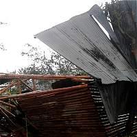 Vendavales y granizadas causan estragos en Valle