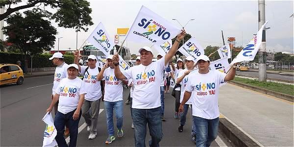 La marcha la lidera Jhon Jairo Hoyos hijo del diputado secuestrado y asesinado por las Farc Jairo Javier Hoyos