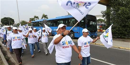 Marcha de 485 kilómetros de Cali a Bogotá para no regresar a la guerra