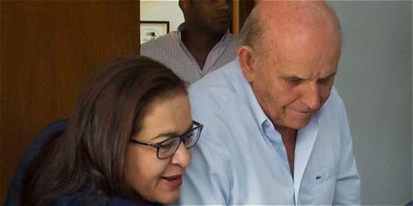 Boletas gratuitas no serán para políticos advirtió el alcalde Mauirice Armitage