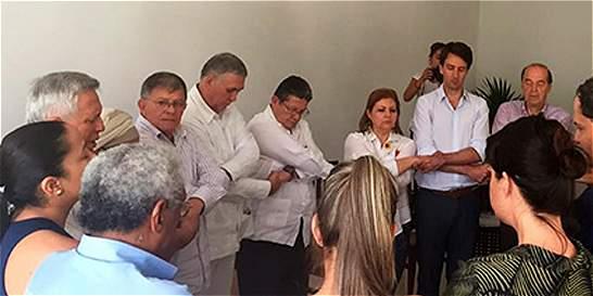 Familiares de policía y exdiputados asesinados se reunirán con Farc
