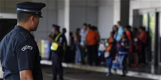 Pasajero murió en pleno vuelo entre San Andrés y Cali