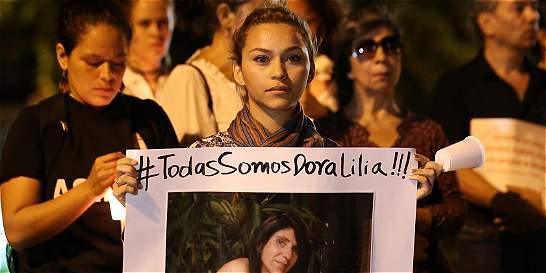 Familia de Dora Lilia Gálvez sostiene que hay vacíos sobre su muerte