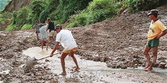 Alertan riesgos por crecientes de ríos en Cartago y Florida