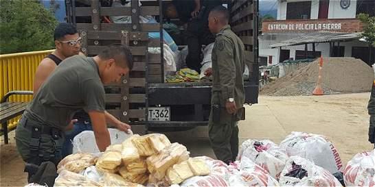 Policía incauta 7.200 panes en bolsas de comida para perros