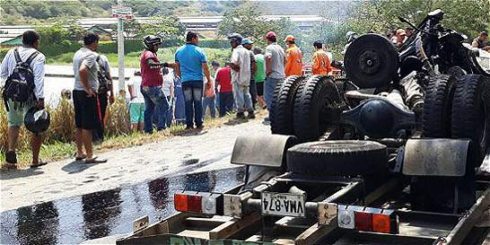 Seis muertos en accidente de tránsito en vía Panorama del Valle