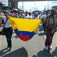 Buenaventura marcha para reclamar obras prometidas
