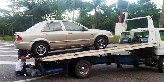 Mano dura de la Policía contra los carros piratas en Villavicencio