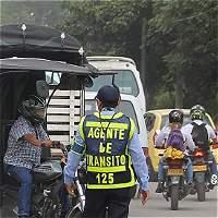 254338fbf76 Reacción de motociclistas por pico y placa en Villavo - Llano 7 días ...
