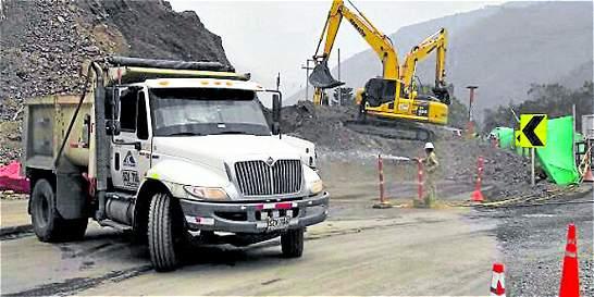 Habilitan paso en la vía entre Bogotá y Villavicencio