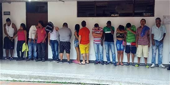 Capturan a 18 traficantes que controlaban 2 ollas' de vicio en Villavo