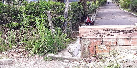 Muro genera roces entre dos barrios de Villavicencio