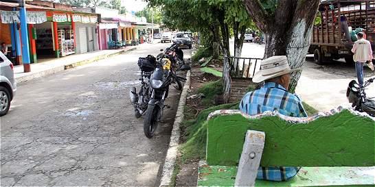 Jóvenes de municipio de Uribe citan a las Farc a vigilia por la paz