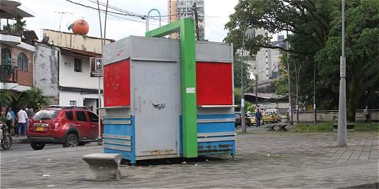 Sellan 12 casetas por incumplir normas en Villavicencio