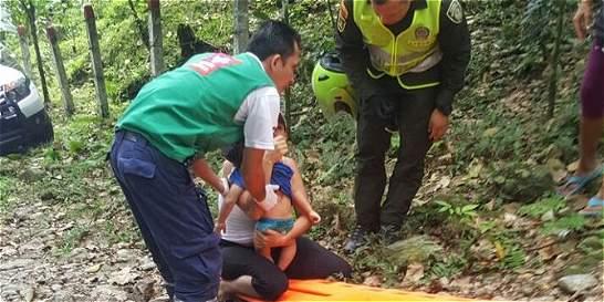 El dolor de tres familias tras la tragedia de puente colgante en Meta