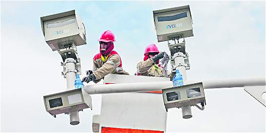 Las 40 cámaras de fotomultas captarán vehículos robados