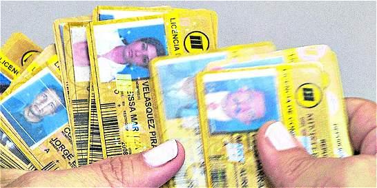 En Medellín, conductores reciben pase sin conocer normas de tránsito