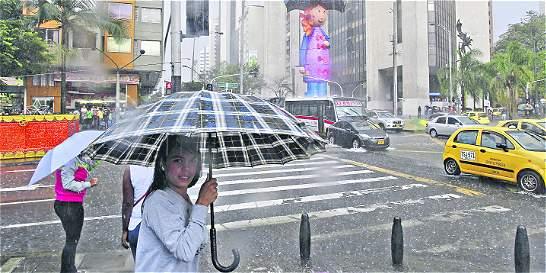 Las fuertes lluvias causan crisis en Medellín