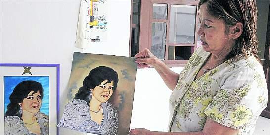 Mujer ayuda a trabajadoras sexuales en Medellín