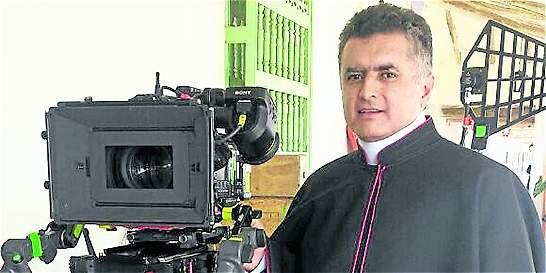 Bernardo Restrepo, actor antioqueño que da vida a monseñor Cristo