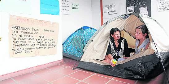 Estafan con viviendas a familias de Itagüí (Antioquia)