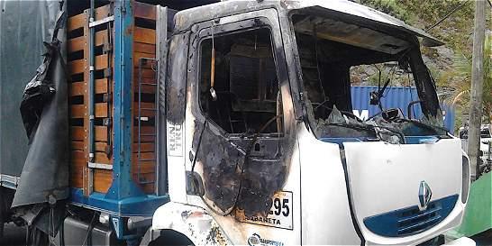 Transportadores de carga denuncian otra quema de vehículos