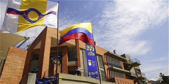 Policías muertos serán trasladados a Medellín