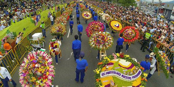 22bcce4b8 Desfile de silleteros: Feria de las Flores - Archivo Digital de ...