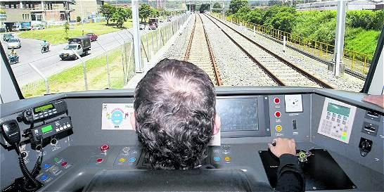 Cuestionan contratación de conductores del Metro