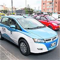 Taxis eléctricos, solución a la baja calidad del aire en Medellín
