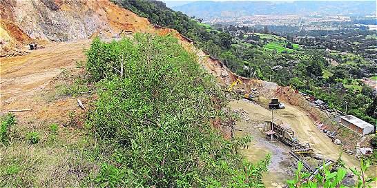 Denuncian daño ambiental por mina en La Ceja, Antioquia
