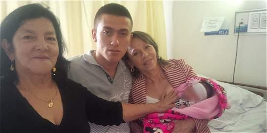 Con cirugía tratarán a bebé quemada por mal procedimiento en Medellín