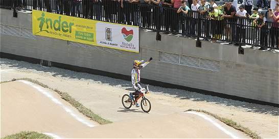 Inauguran en Medellín la pista de BMX Mariana Pajón