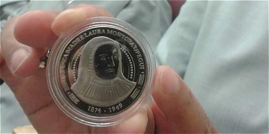 En Jericó madrugaron a comprar la moneda de la madre Laura