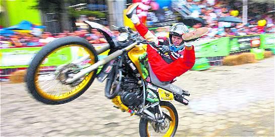 Aprueban acuerdo que promueve piques legales de motos en Medellín