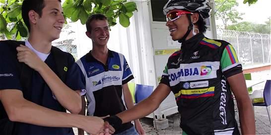Día a día de un joven que, con 21 años, es director ciclístico