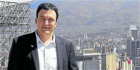 Juan Esteban Calle será el nuevo presidente de Cementos Argos