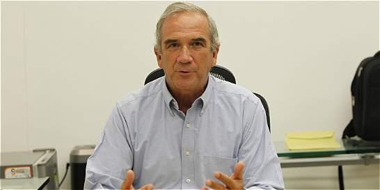 'El 58% de los homicidios de Medellín son por riñas': Gustavo Villegas