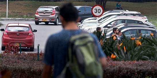 Pico y placa crece en universidades de Medellín