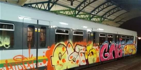 Alcalde Gutiérrez reconoce falla de seguridad por grafiti en el metro