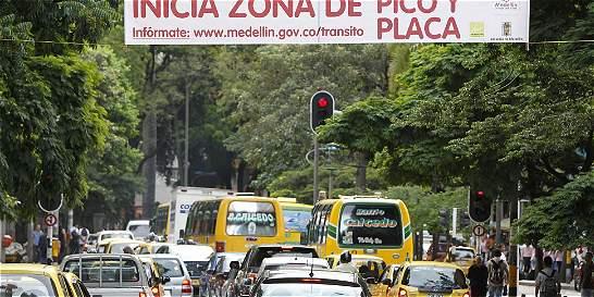 Municipios del valle de Aburrá adoptaron medida de Pico y Placa